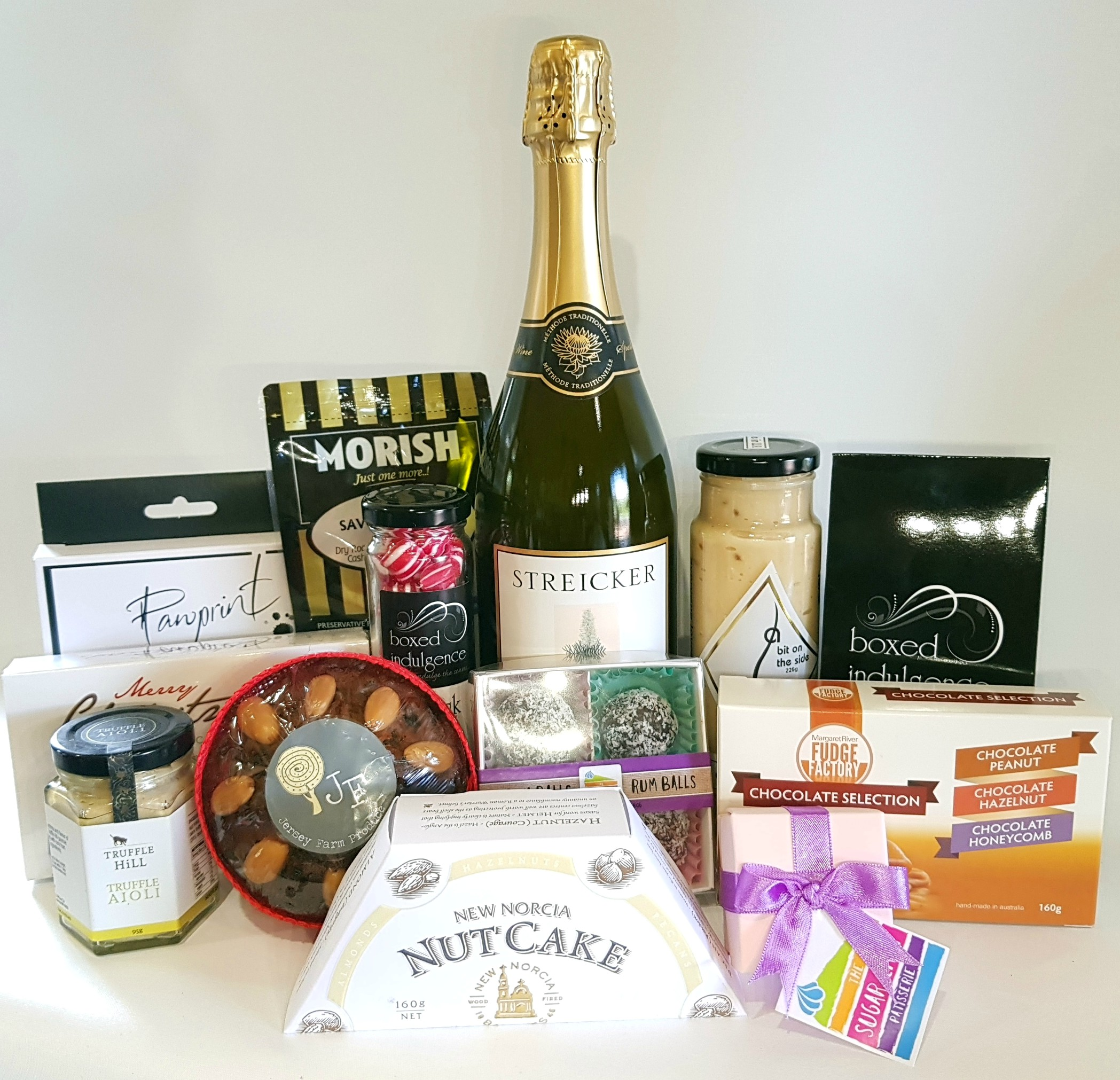 Checkout for hamper delivery Perth collection online, what exclusive options in hampers they have for us to offer, I am quite sure that after checking out ...