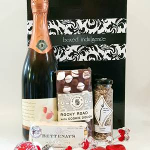 Sweet Love Hamper - Boxed Indulgence